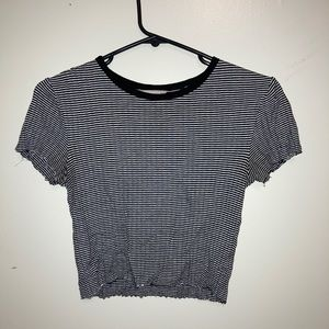 Forever 21 black and white crop top
